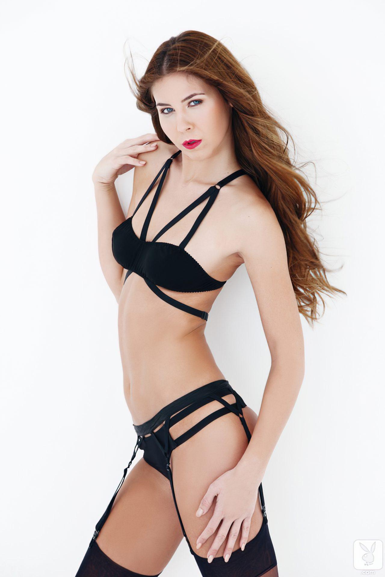 Kelsey Ann (34)