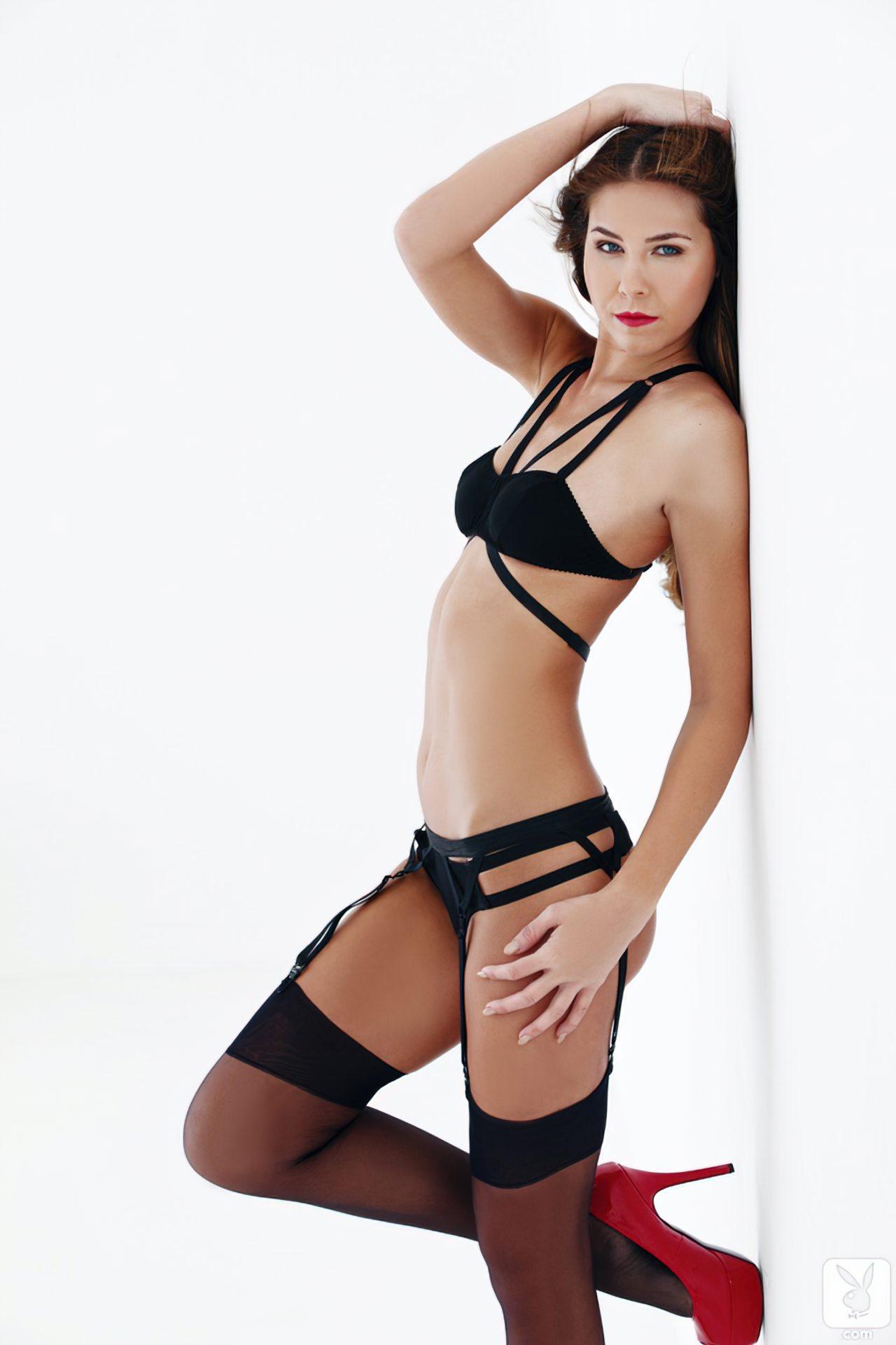 Kelsey Ann (43)
