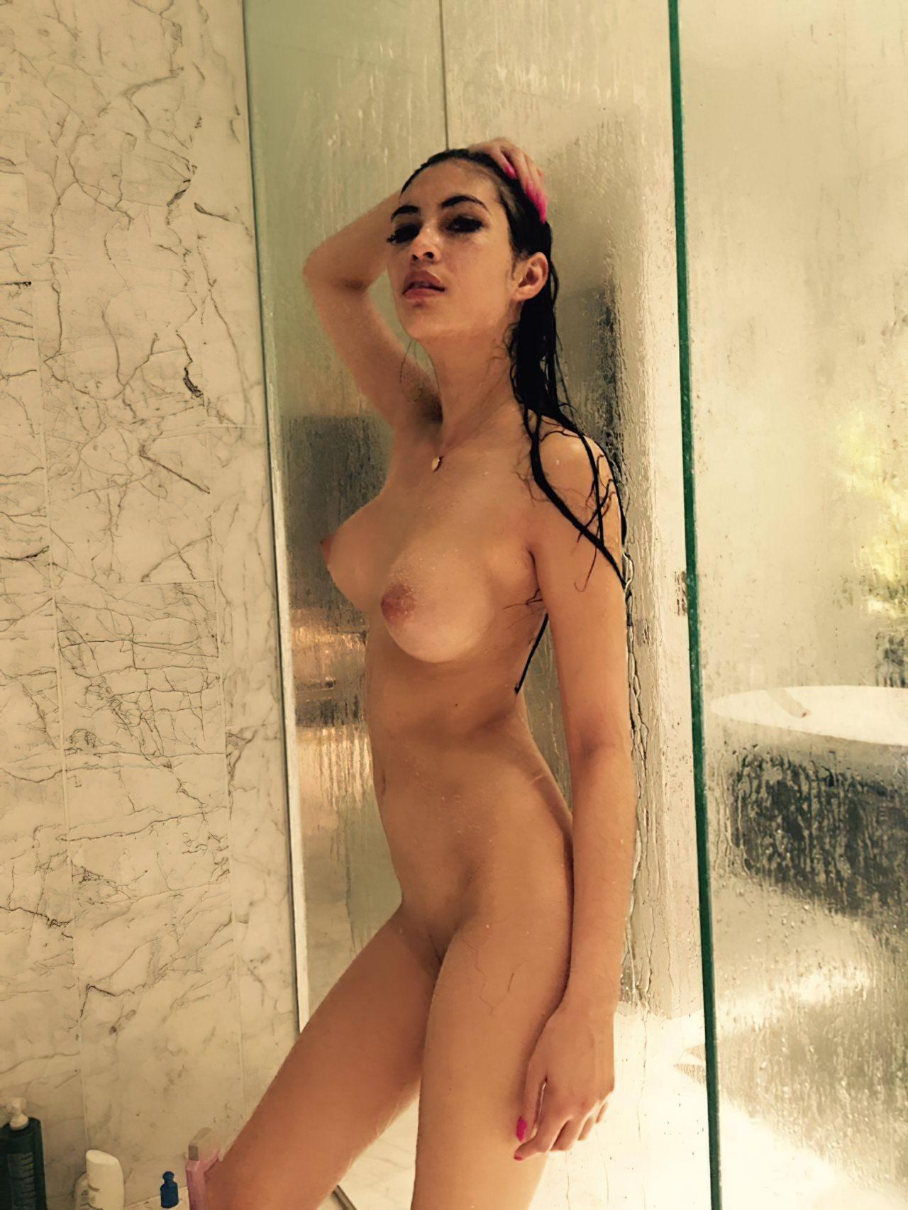 Namorada no Banho (2)