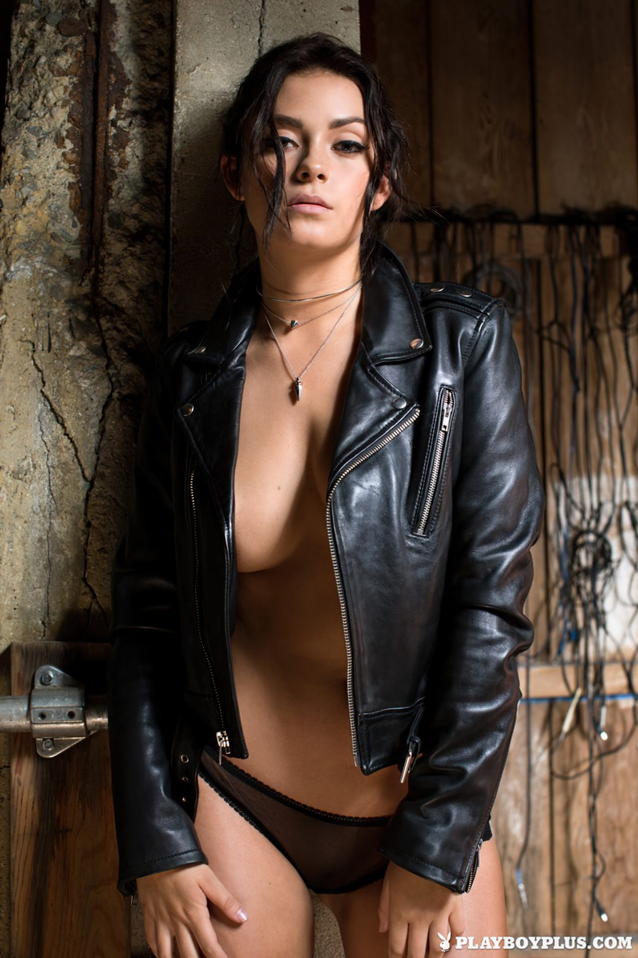 Alexandra Tyler Nua (2)