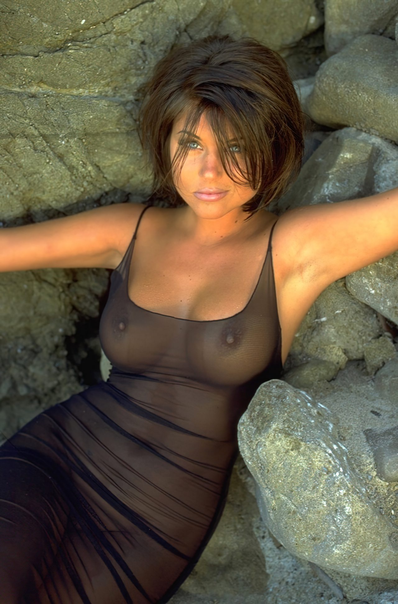 Tiffani Amber Thiessen (2)