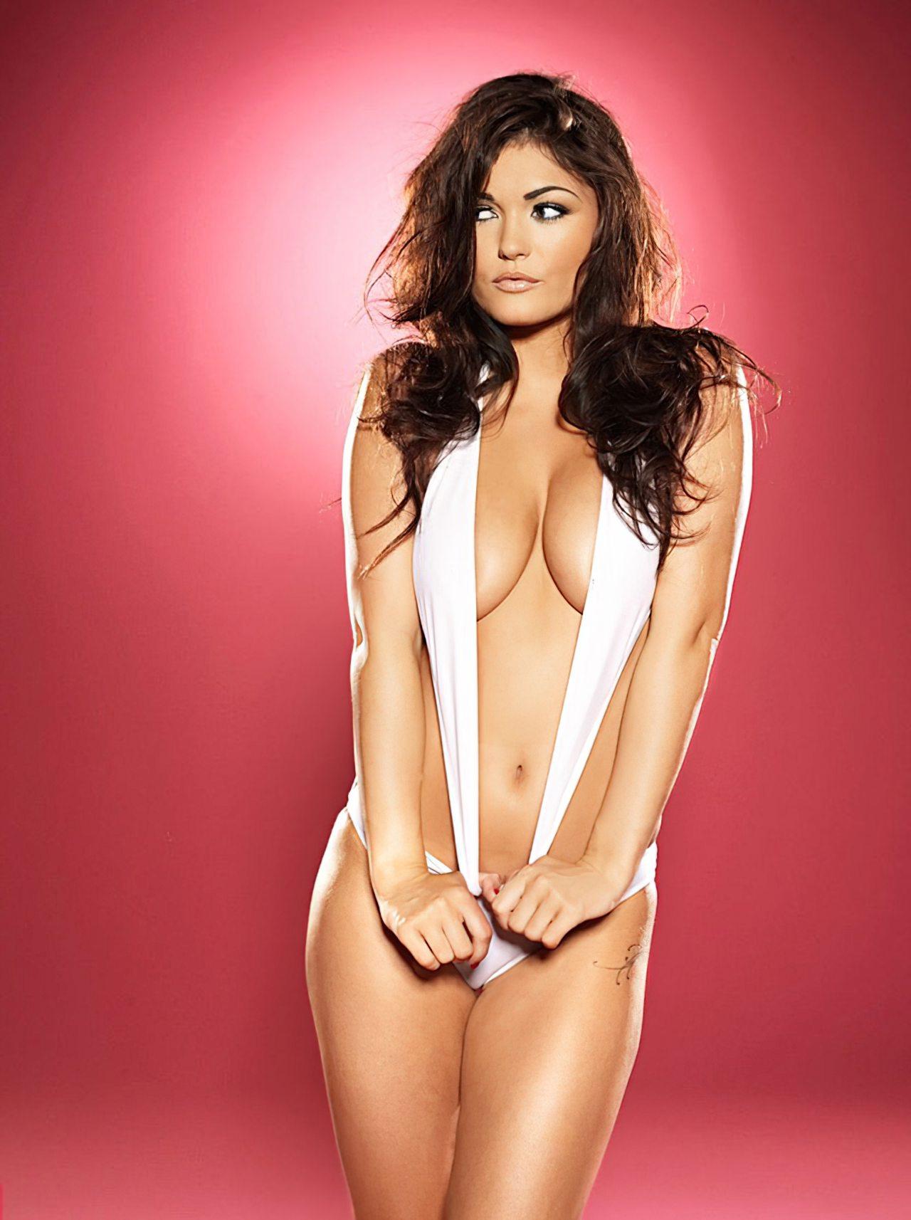 India Reynolds (15)