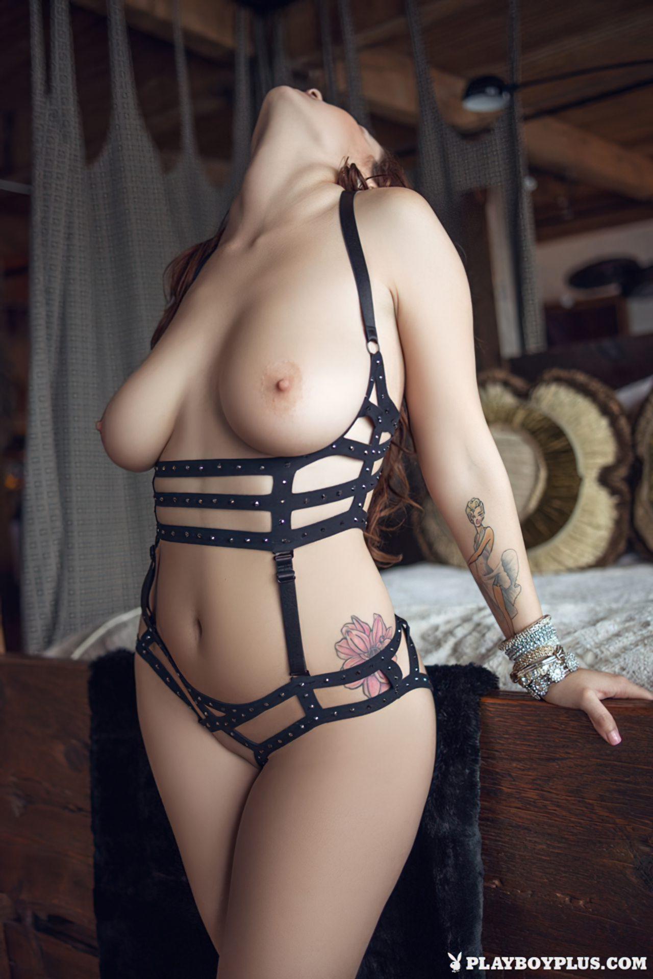 Mulher Atraente (9)