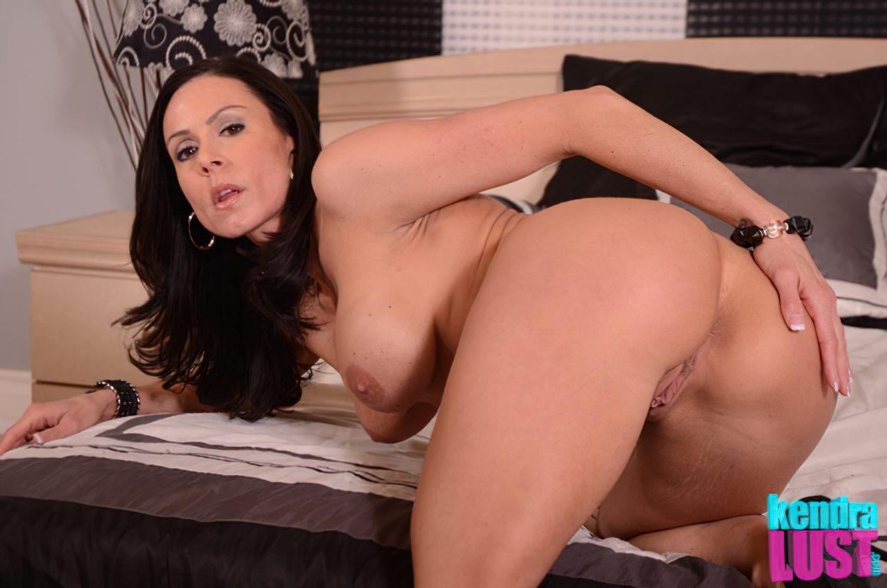 Kendra Lust Nua (4)