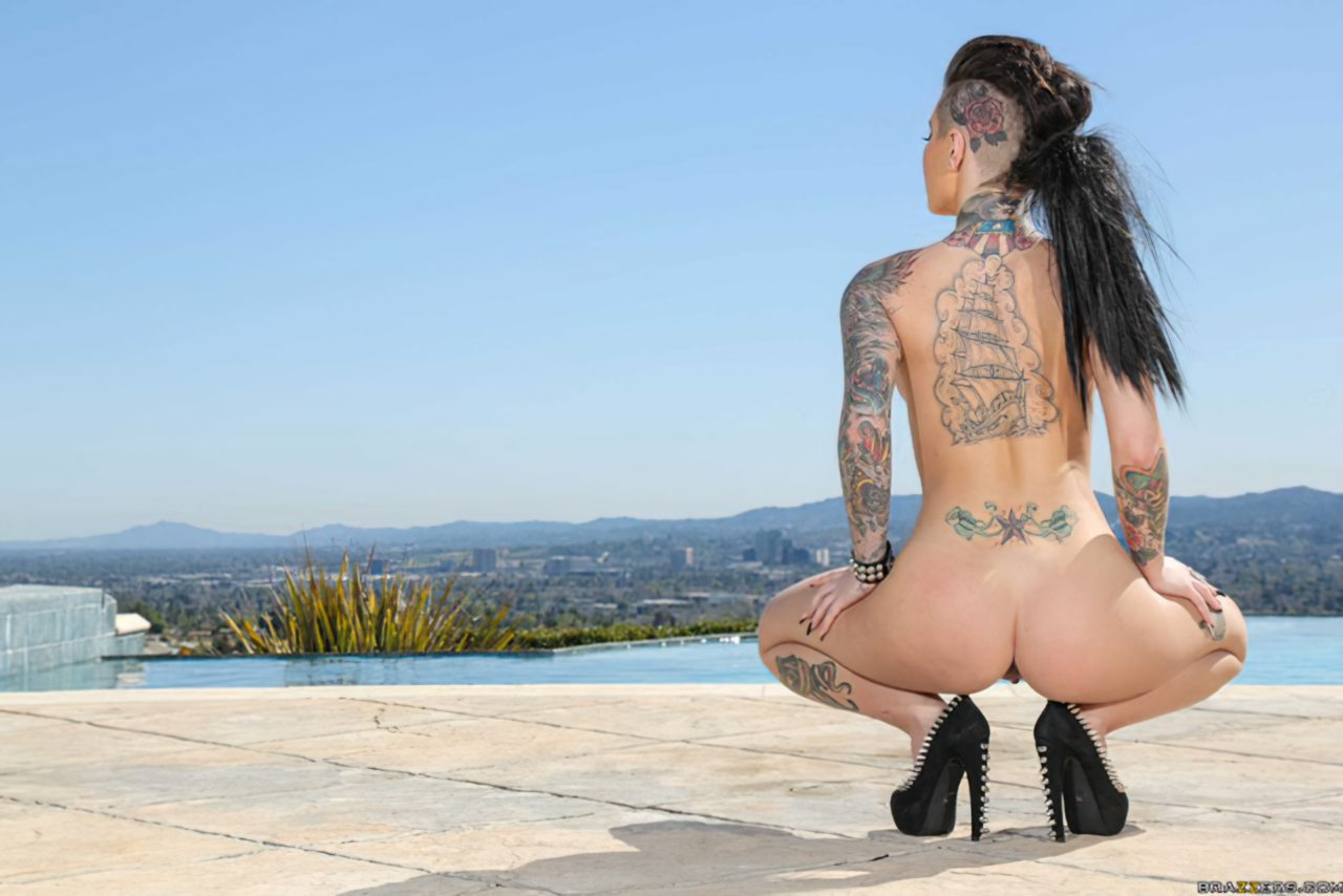 Christy Mack Nua (2)