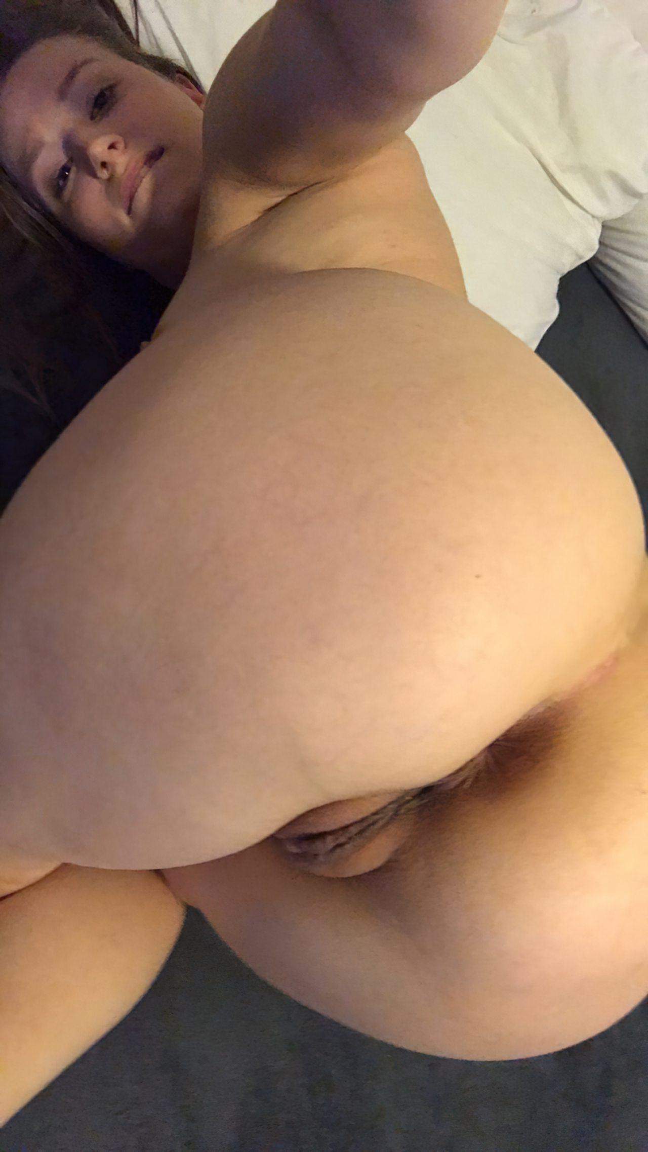 Amadora Linda Tirando Roupa (7)