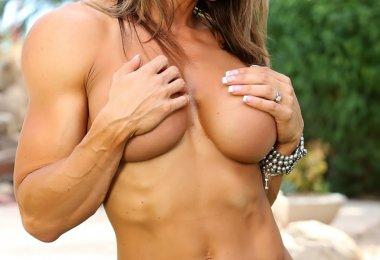 Mulher Muscolosa (5)