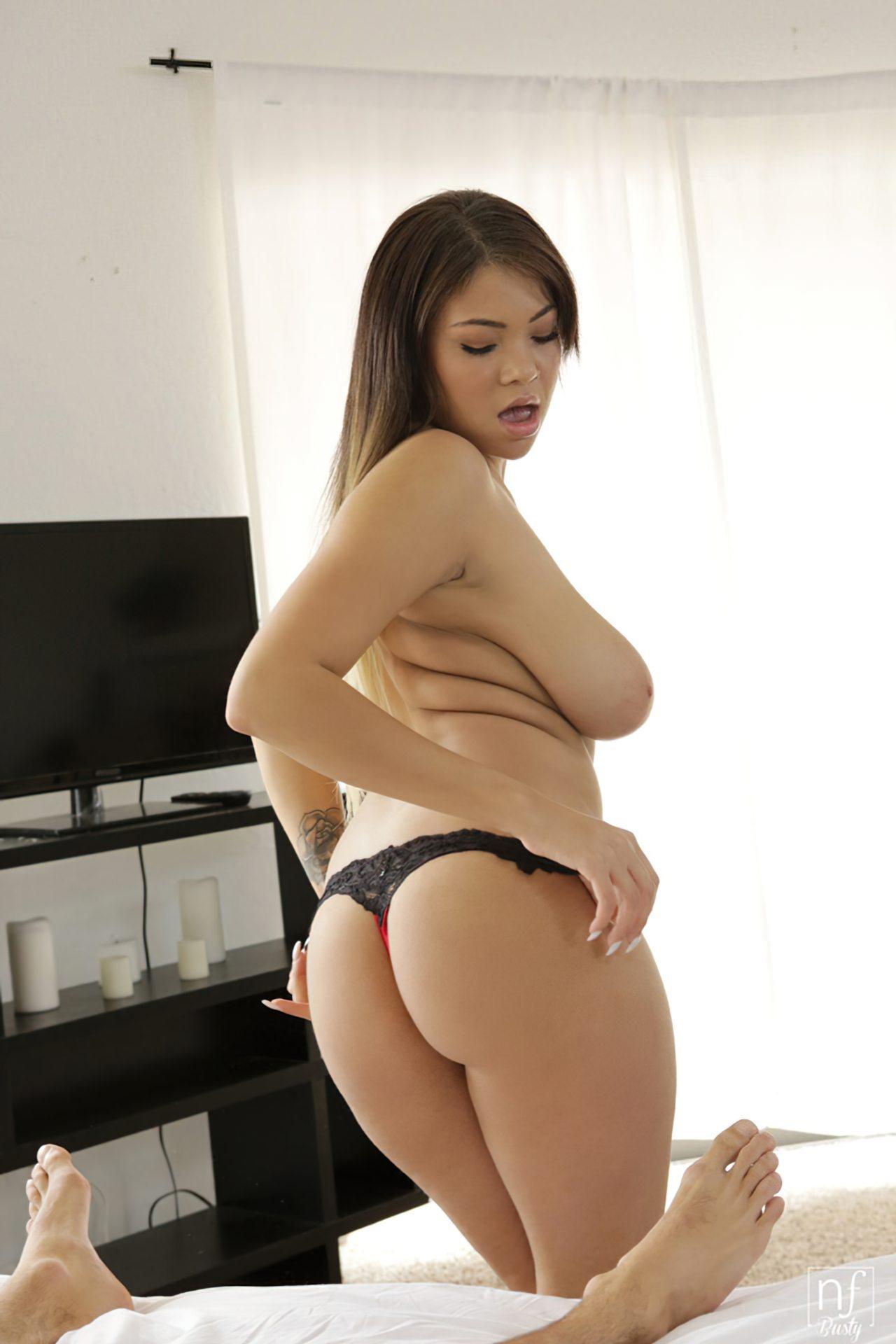 Cassidy Banks Nua (8)