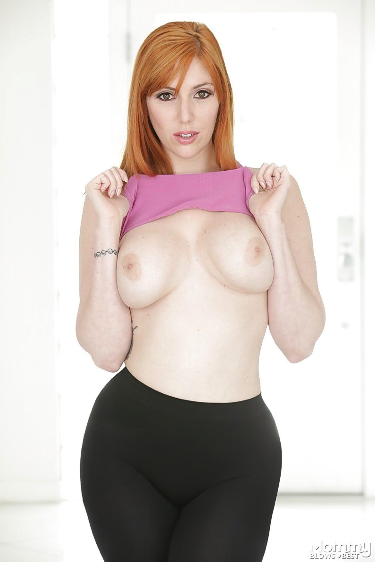 Ruiva Sexy Tirando Roupa (2)