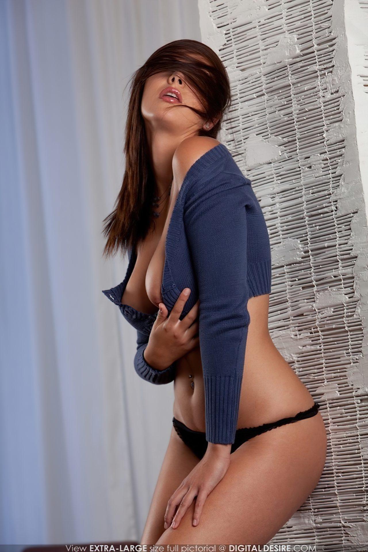 Connie Carter Nua (11)