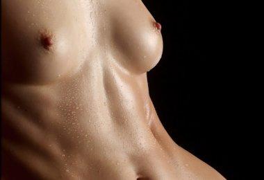 Corpo de Mulher Molhado (4)
