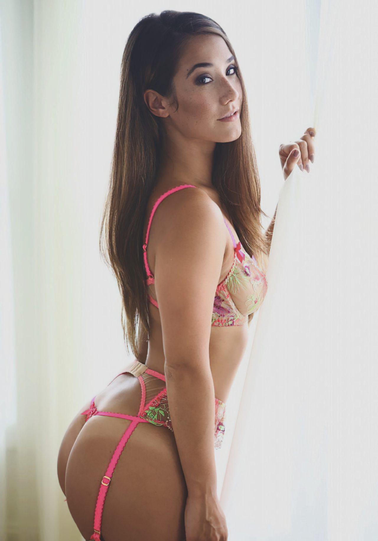 Eva Lovia Sexy (1)