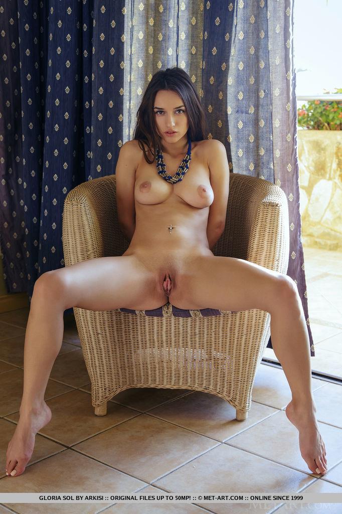 Mulher Mostra Belo Corpo Nu (15)