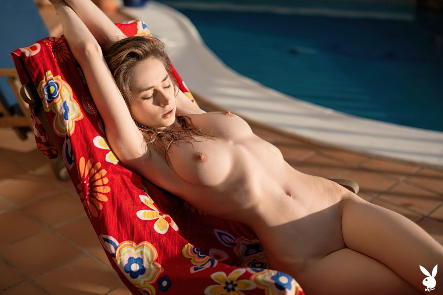 Yana West Nua Playboy (9)