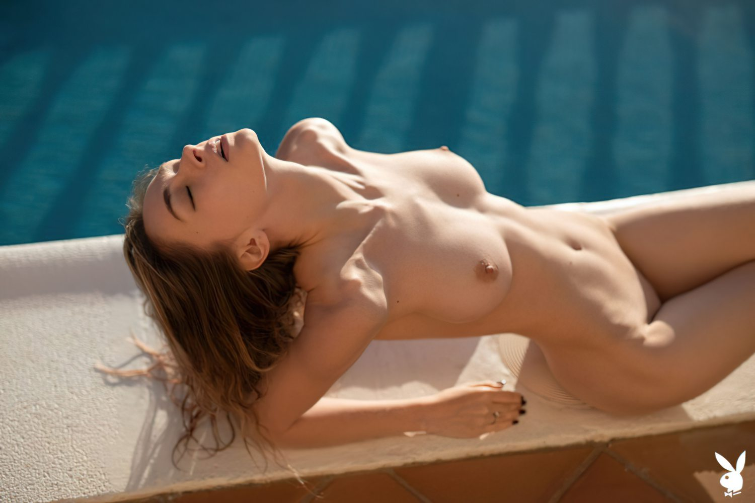 Yana West Nua Playboy (11)