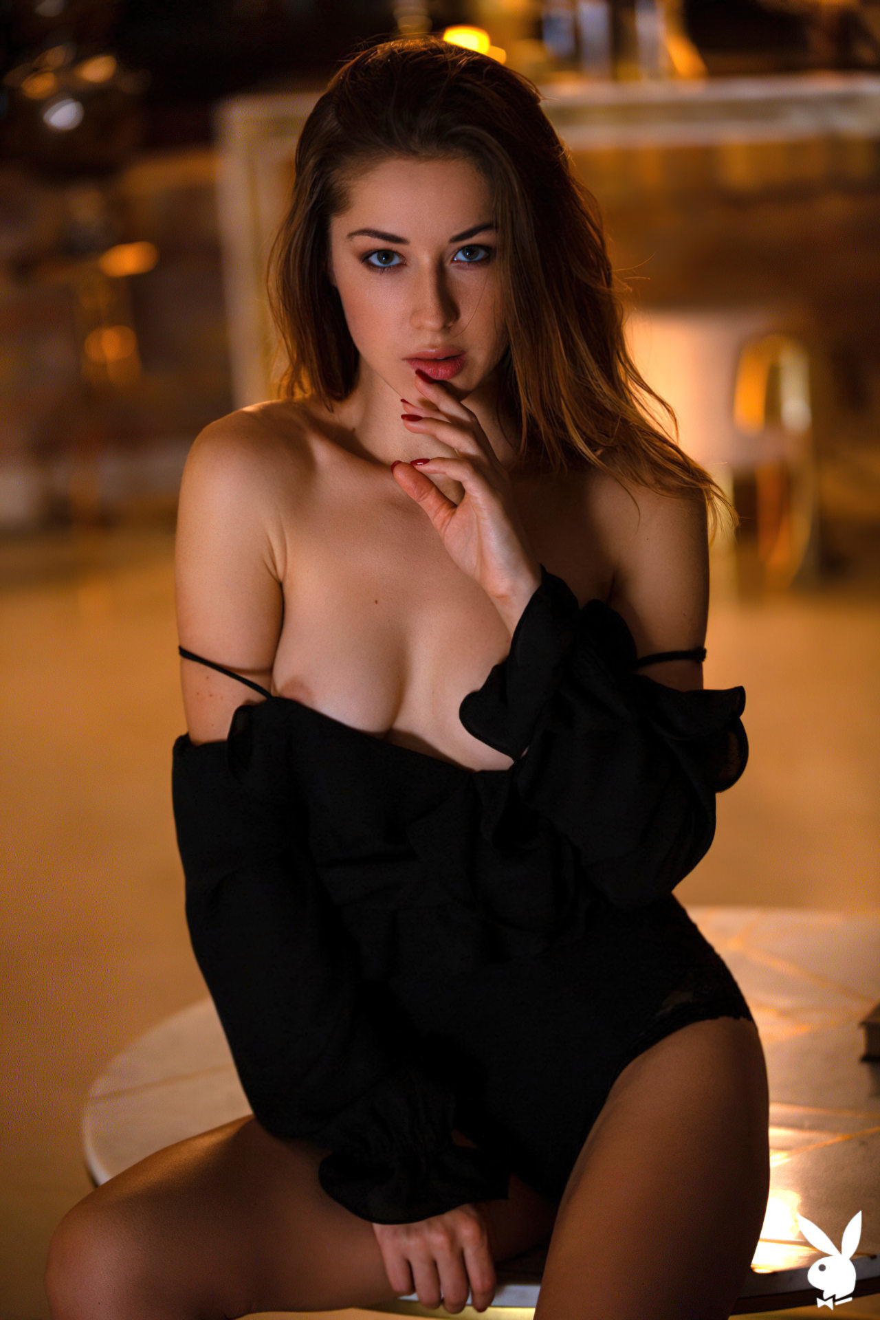 Diana Lark (2)