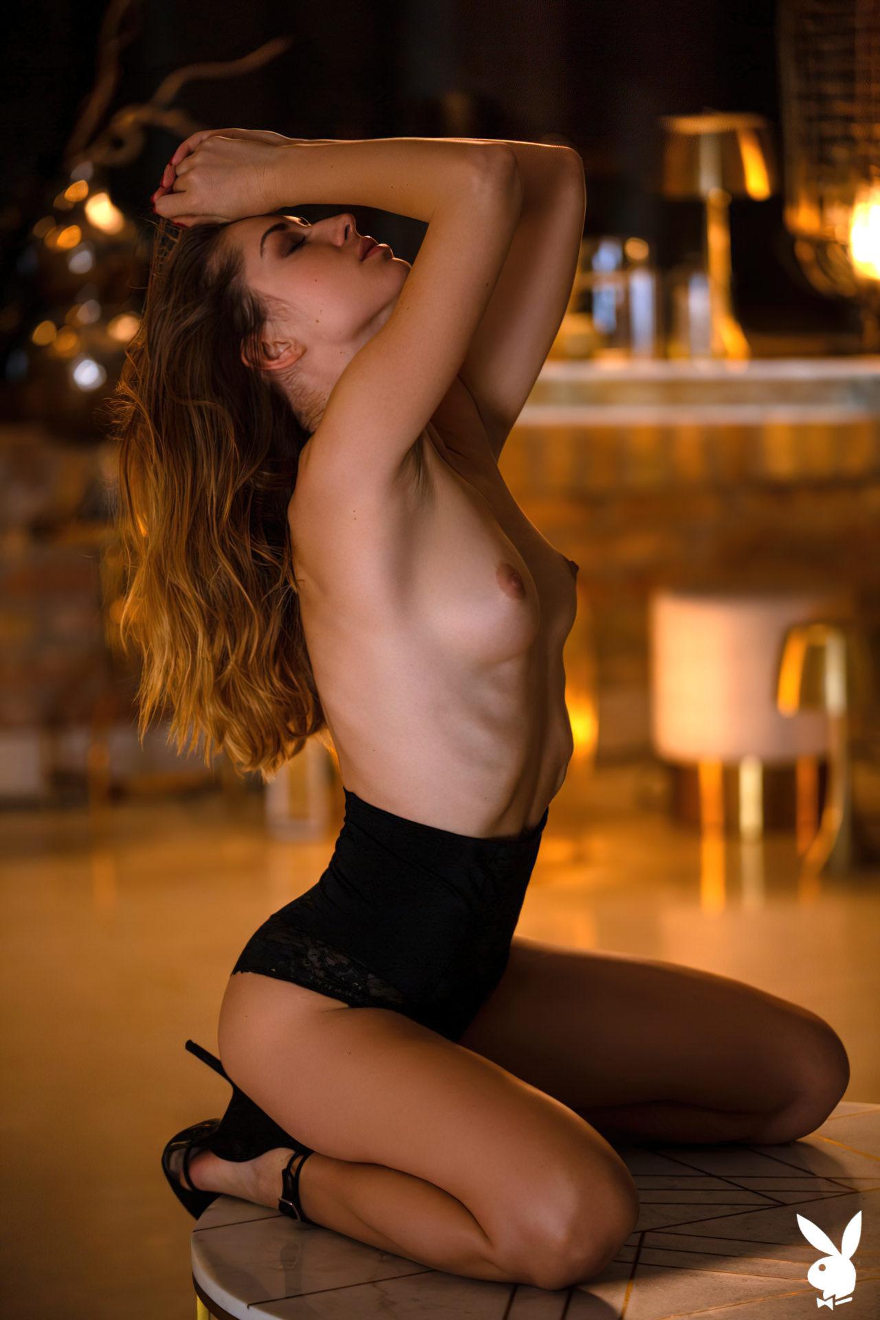 Diana Lark (4)