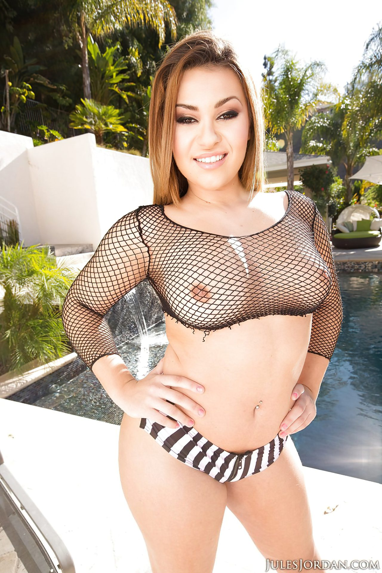 Latina Sexy Da Rabo Para Amigo (1)