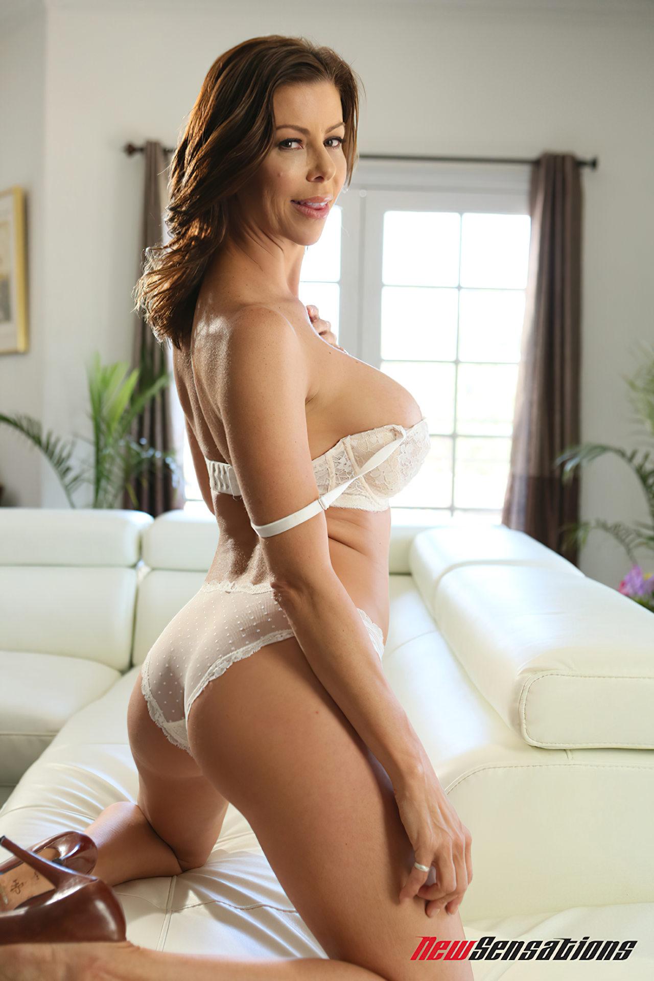 Alexis Fawx Sexo Amigo (1)